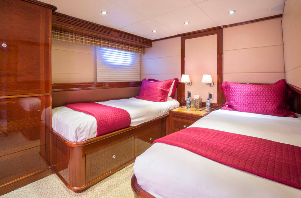 Serque Twin Stateroom